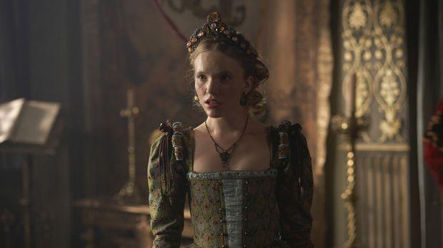 Als die Höflinge anfangen, ihrem eigenen Verlangen gegenüber Königin Catherin...
