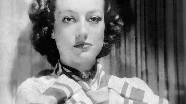 Joan-Crawford-1937-01-01-getty-AFP