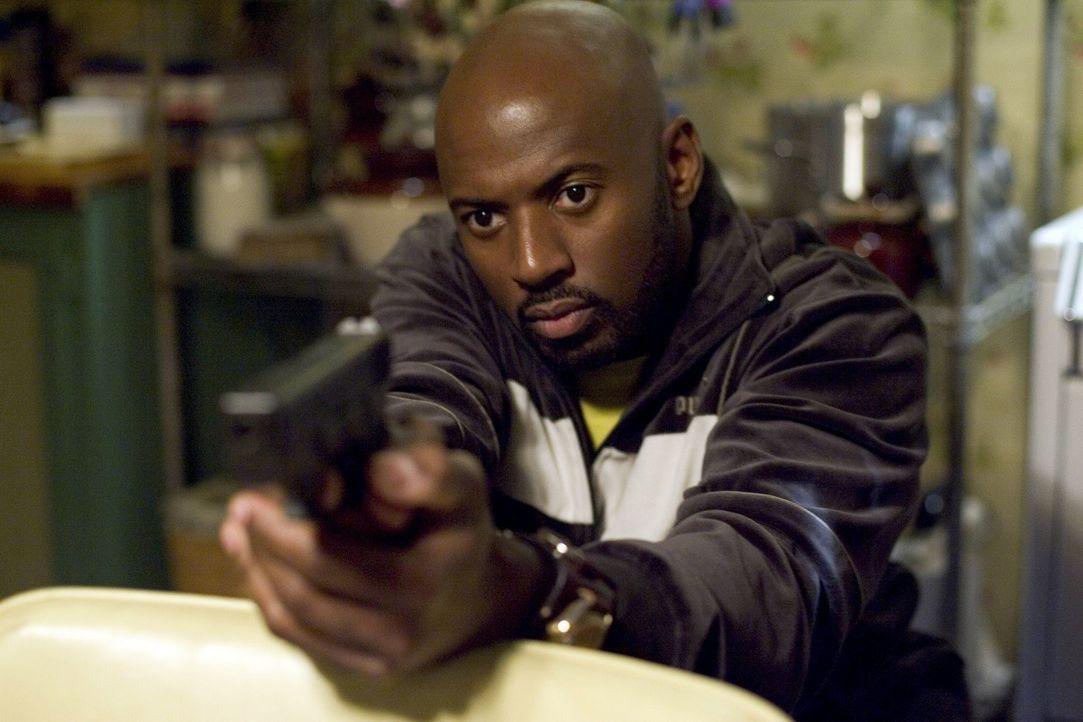 Kennt die Kehrseite des Drogengeschäfts: Conrad (Romany Malco) ... - Bildquelle: Lions Gate Television