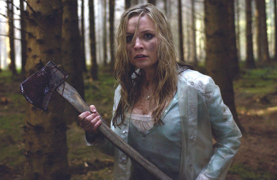 Tara (Lindsey Haun) und ihre Freunde wollen im Urlaub in Irland einmal in den Genuss von bewusstseinserweiternden Pilzen kommen. Zunächst ist noch a...