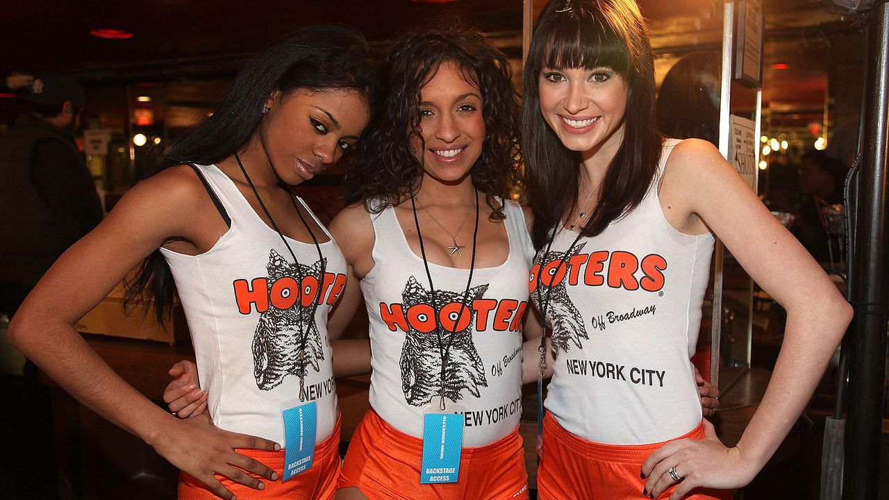 Hooters Girls - Bildquelle: Getty Images/AFP