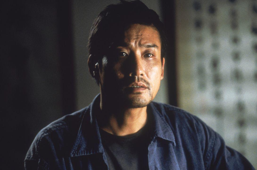 Seit vielen Jahren versinkt der taiwanesische Cop Huo-Tu (Tony Leung Ka Fai) in Selbstmitleid, weil er einen Vorfall in seiner Vergangenheit nicht v... - Bildquelle: 2004 Sony Pictures Television International. All Rights Reserved.