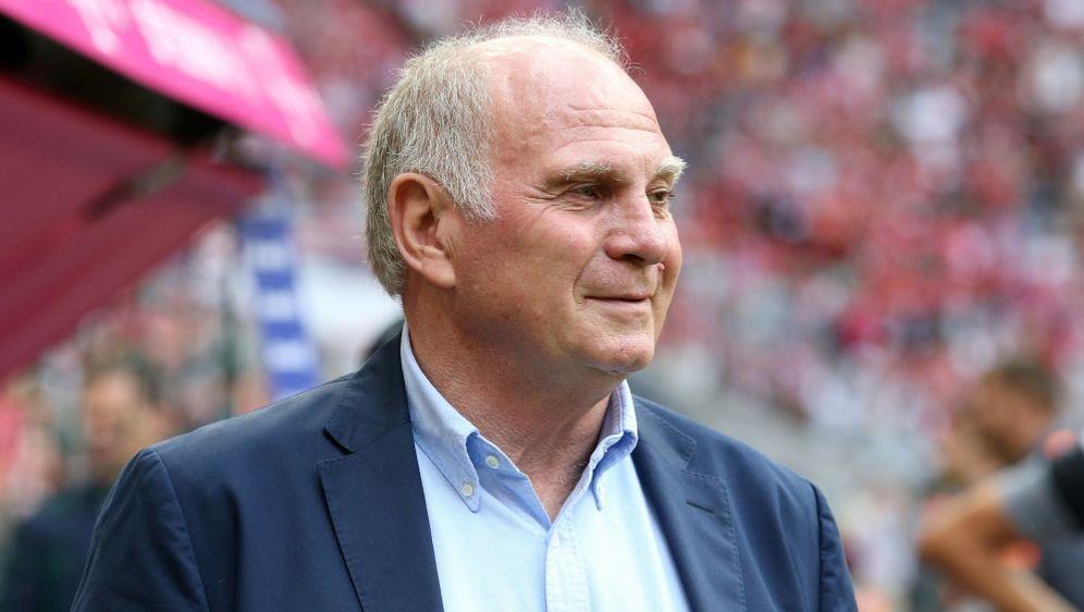 Uli Hoeneß hat seinen Rückzug beim FC Bayern angekündigt - Bildquelle: FIROFIROSID