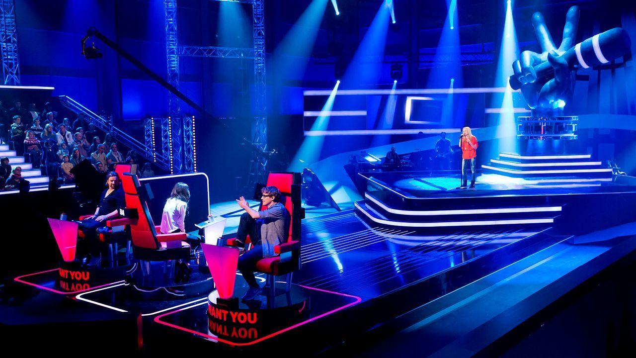 The-Voice-Kids-epi03-danach-Luisa-M-SAT1 - Bildquelle: SAT.1