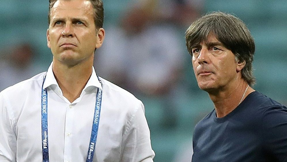 Trotz frühem WM-Aus: Keine Zweifel an Bierhoff und Löw - Bildquelle: FIROFIROSID