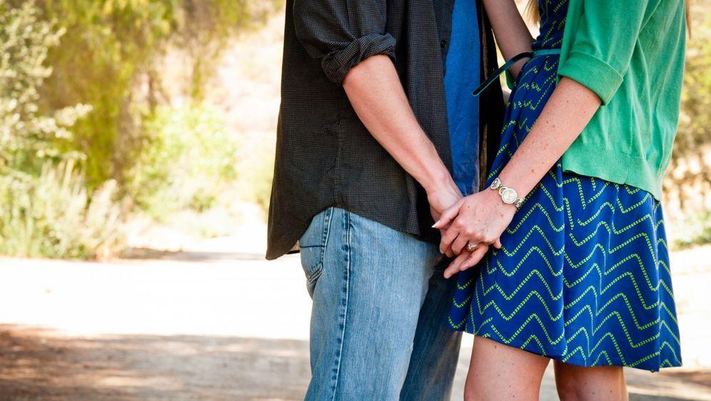 Affäre Oder Beziehung Anzeichen Deuten Sat1 Ratgeber