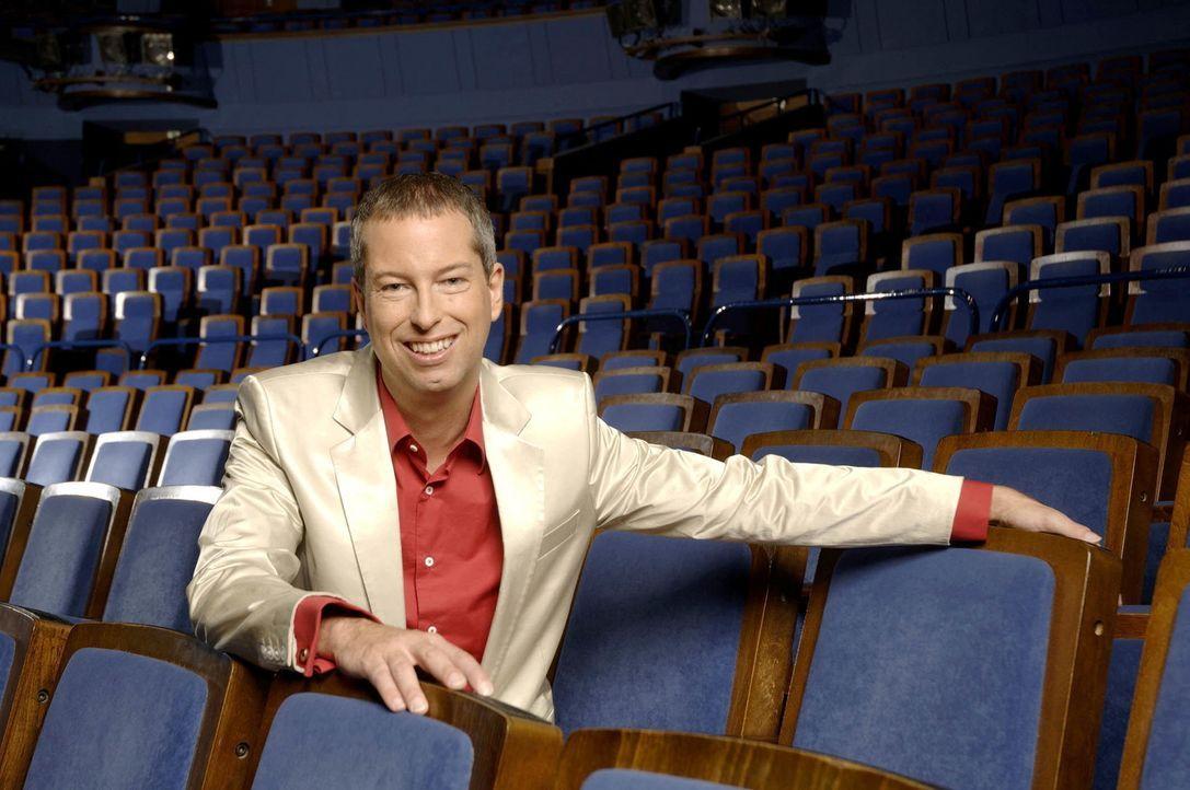 """Produzent, Regisseur, Showmaster, Theaterimpresario und Choreograf - Thomas Hermanns ist ein Multitalent der modernen Unterhaltung, sein """"Quatsch Co... - Bildquelle: ProSieben"""