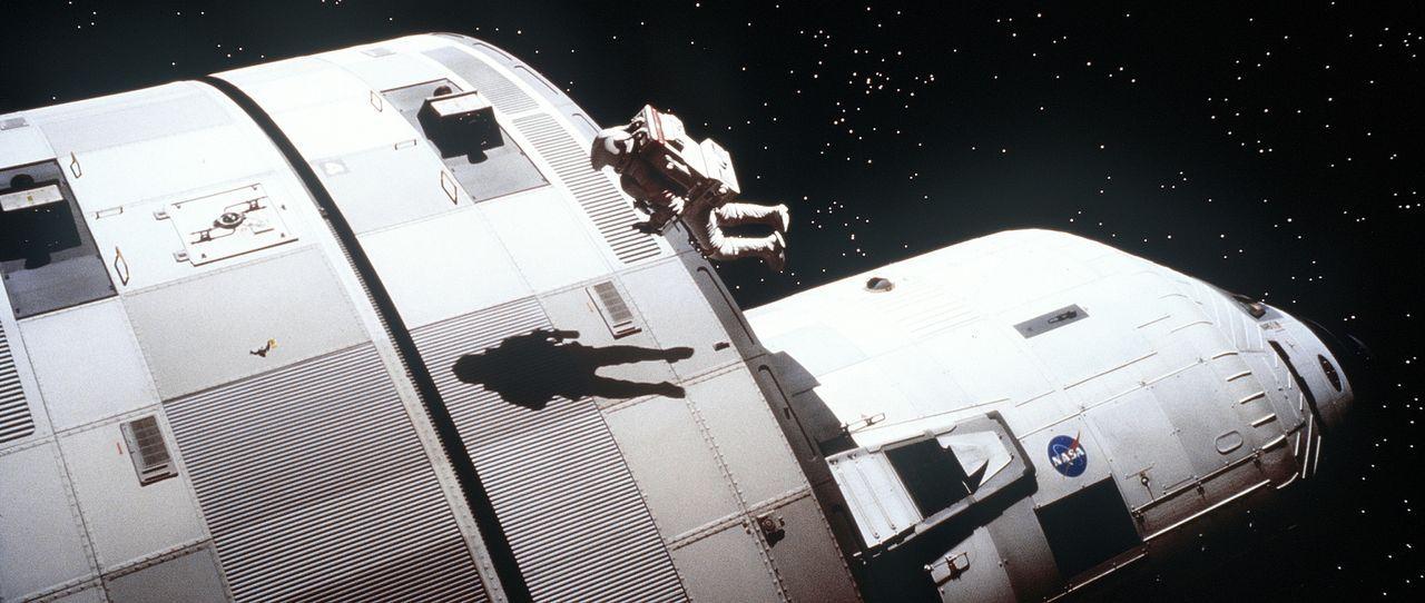 Aufgrund eines Lecks durch einen Meteoriteneinschlag gerät die Crew in einen gefährlichen Sauerstoffmangel. Während Woody Blake (Tim Robbins) versuc... - Bildquelle: Touchstone Pictures
