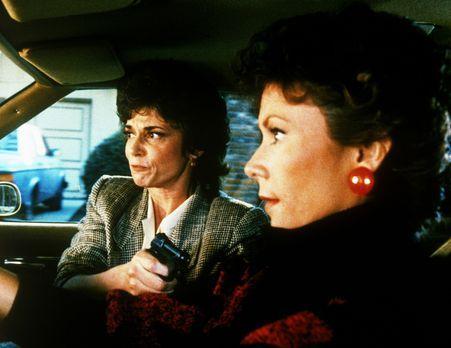 Agentin mit Herz - Amanda (Kate Jackson, r.) ist in der Gewalt der Lobbyistin...
