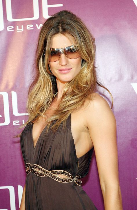 gisele-buendchen-07-03-29-1-getty-afpjpg 1305 x 1990 - Bildquelle: getty-AFP