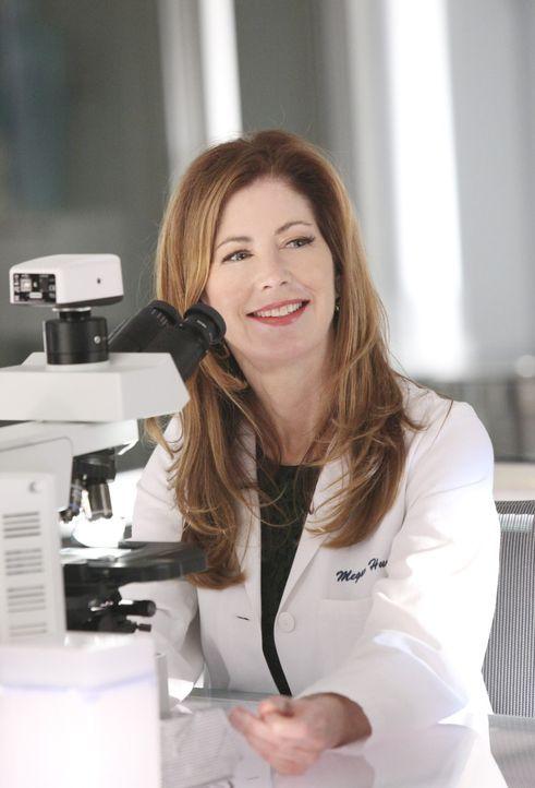 Auf der Tatwaffe entdeckt  Dr. Megan Hunt (Dana Delany) einen interessanten Hinweis ... - Bildquelle: 2011 American Broadcasting Companies, Inc. All rights reserved.