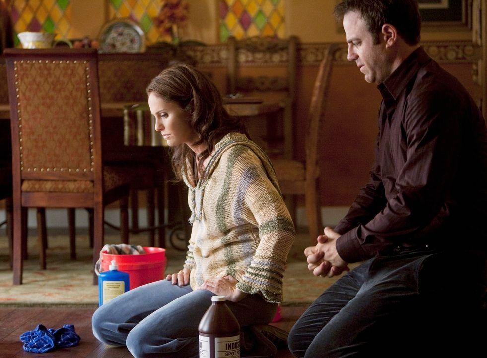 Nach alldem, was vorgefallen ist, wundert es niemanden, dass Violet (Amy Brenneman, l.) mit ihrer Situation nicht klarkommt. Cooper (Paul Adelstein,... - Bildquelle: ABC Studios