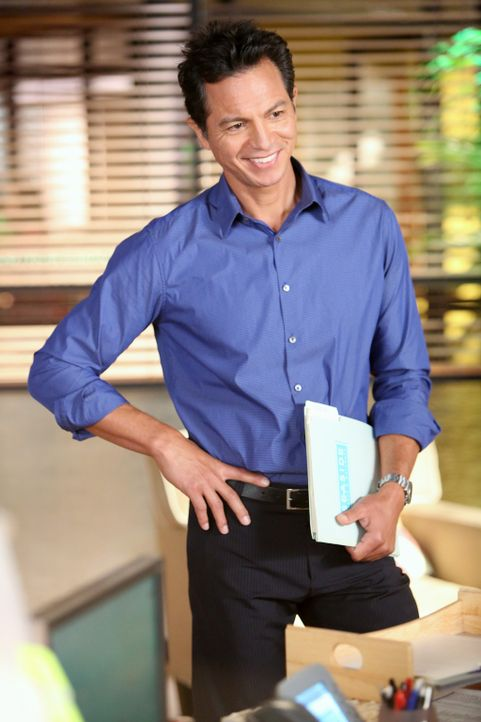Während Voliet Probleme damit hat, ohne Pete weiterzuleben, ahnt Jake (Benjamin Bratt) nicht, dass Addison mal ein Verhältnis mit Mark Sloan hatte... - Bildquelle: ABC Studios