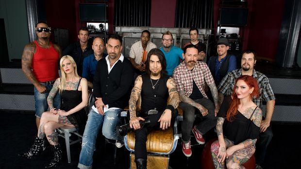 (1. Staffel) - Die 10 begnadeten Tätowierer wollen die Jury bestehend aus Dav...