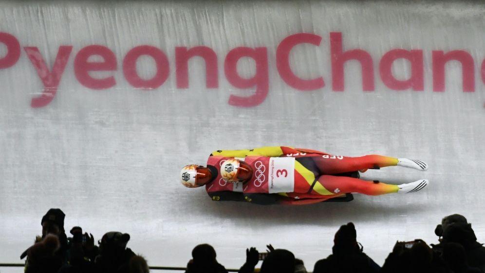 Rodler Tobias Wendl und Tobias Arlt holen Olympia-Gold - Bildquelle: AFPSIDMARK RALSTON