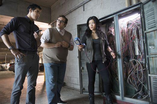 Walter (Elyes Gabel, l.), Sylester (Ari Stidham, M.) und Happy (Jadyn Wong, r...