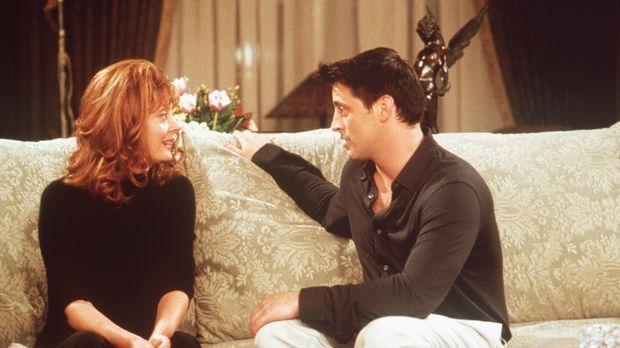 Joey (Matt LeBlanc, r.) kann es kaum fassen, dass er plötzlich eine Sprechrol...