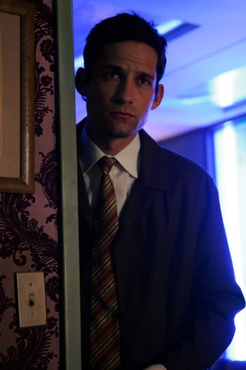 Auf Spurensuche: Danny Taylor (Enrique Murciano) ... - Bildquelle: Warner Bros. Entertainment Inc.