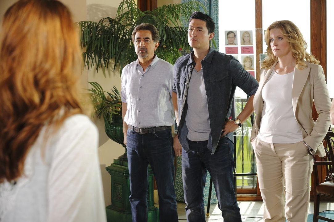 Versuchen, eine Familie aus den Fängen ihres Entführers zu retten: Rossi (Joe Mantegna, 2.v.l.), Matthew Simmons (Daniel Henney, 2.v.r.) und Lily La... - Bildquelle: ABC Studios