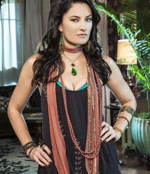"Mädchen Amick spielt Wendy Beauchamp in ""Witches of East End"""
