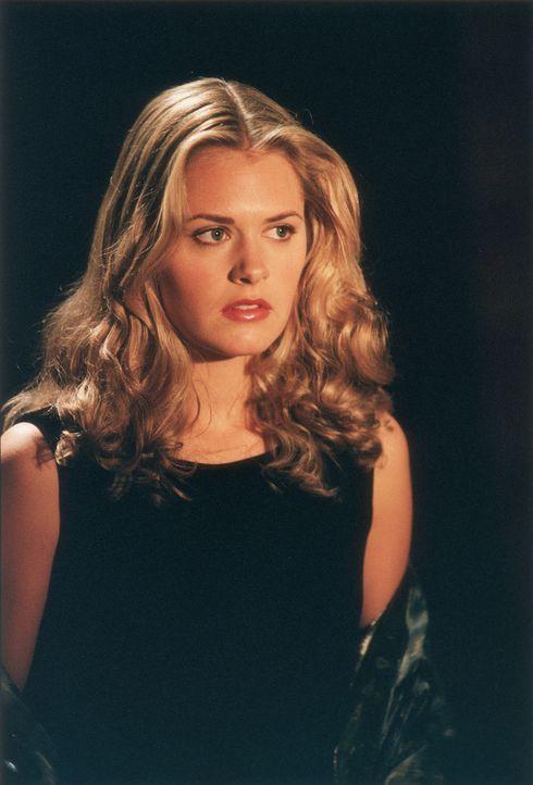 Will ein aufregenderes Leben: die schüchterne Alex (Maggie Lawson). Eines Tages geht ihr Traum in Erfüllung ... - Bildquelle: Buena Vista Television