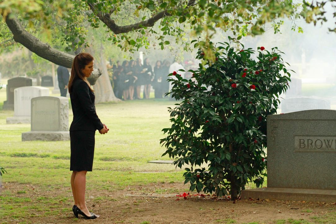 Um herauszufinden, ob ihr Sohn wirklich ein Mörder ist, heuert Marisol (Ana Ortiz) bei Familie Stappord als Haushälterin an ... - Bildquelle: ABC Studios