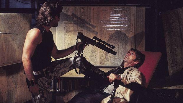Die Klapperschlange (Kurt Russell, l.) hat mit Brain (Harry Dean Stanton, r.)...