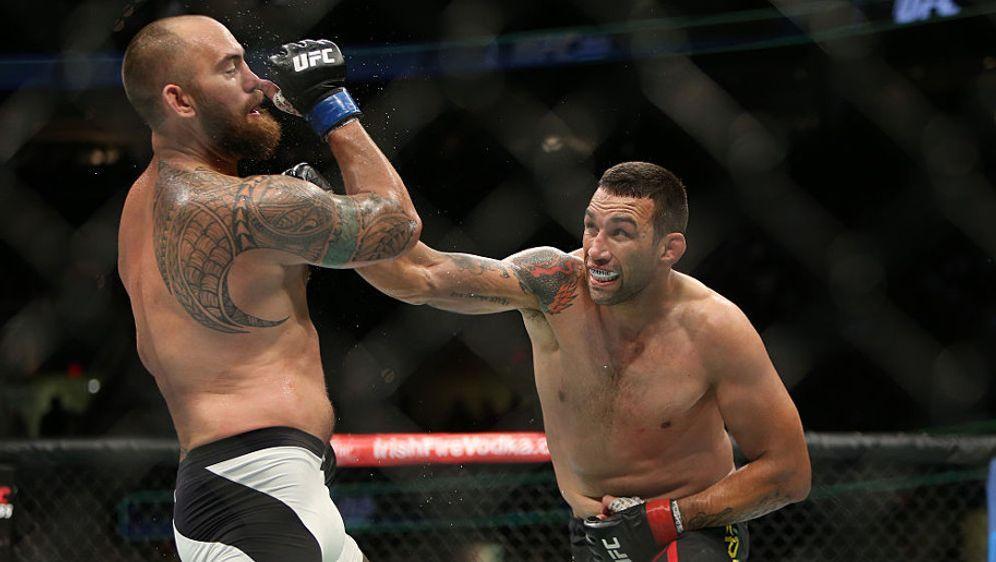 Fabricio Werdum (re.) will erneut um den UFC-Titel kämpfen - Bildquelle: Getty Images