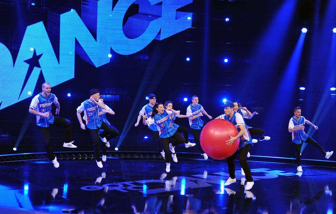 Got-To-Dance-Prodigyy-Crew-02-SAT1-ProSieben-Willi-Weber - Bildquelle: SAT.1/ProSieben/Willi Weber