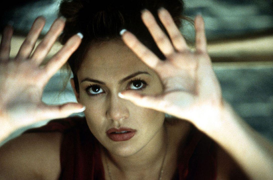 Schon bald gerät die Psychologin Catherine (Jennifer Lopez) zwischen die Fronten der Träume des irren Serienkillers und der Wirklichkeit. Ein gnaden... - Bildquelle: Kinowelt Filmverleih