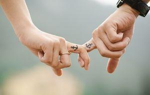 Zeigefinger-Zusammen