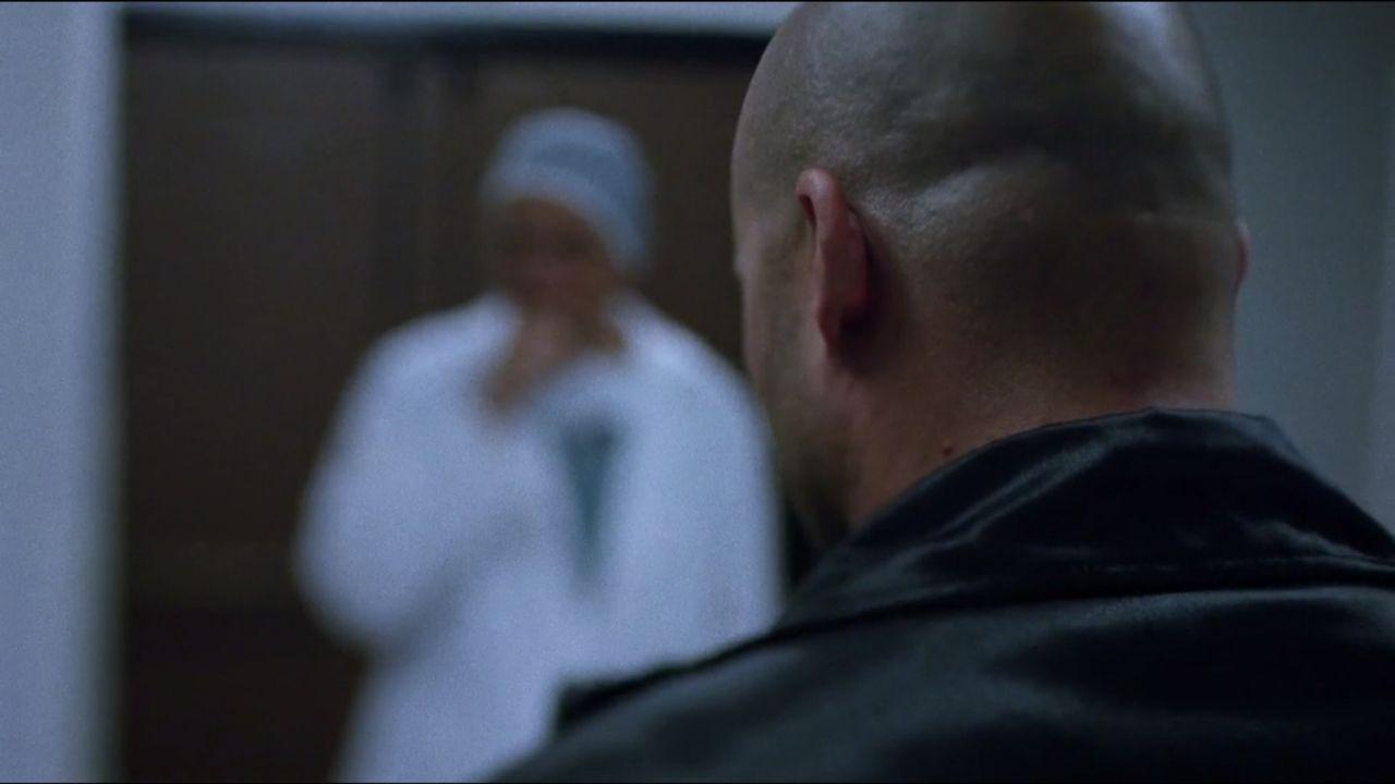 Der beliebte Polizeioffizier Joe Clark wird in seinem Haus erschossen. Die Ermittlungen führen in die Drogenschmuggel-Szene, verlaufen jedoch ergebn... - Bildquelle: A&E Television Networks