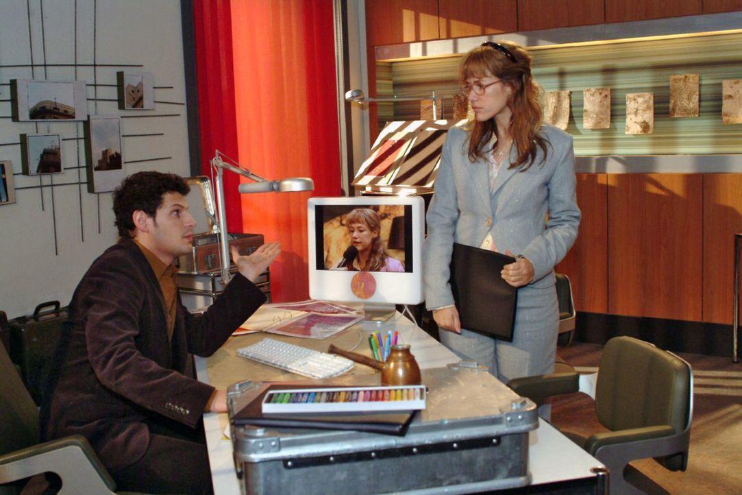 Als Lisa (Alexandra Neldel, r.) das TV-Porträt absagen will, wirft Rokko (Manuel Cortez, l.) ihr vor, sie habe lediglich Angst, ihm die Kontrolle üb... - Bildquelle: Monika Schürle Sat.1