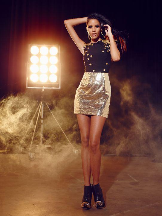 Fashion-Hero-Epi05-Shooting-Yvonne-Warmbier-04-Thomas-von-Aagh - Bildquelle: Thomas von Aagh