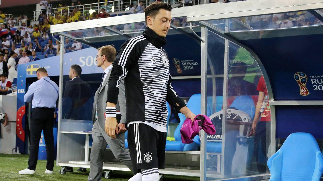 … Mesut Özil  - Bildquelle: imago/Contrast