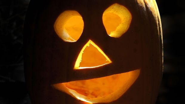 Halloween-Kürbis-Essen-dpa