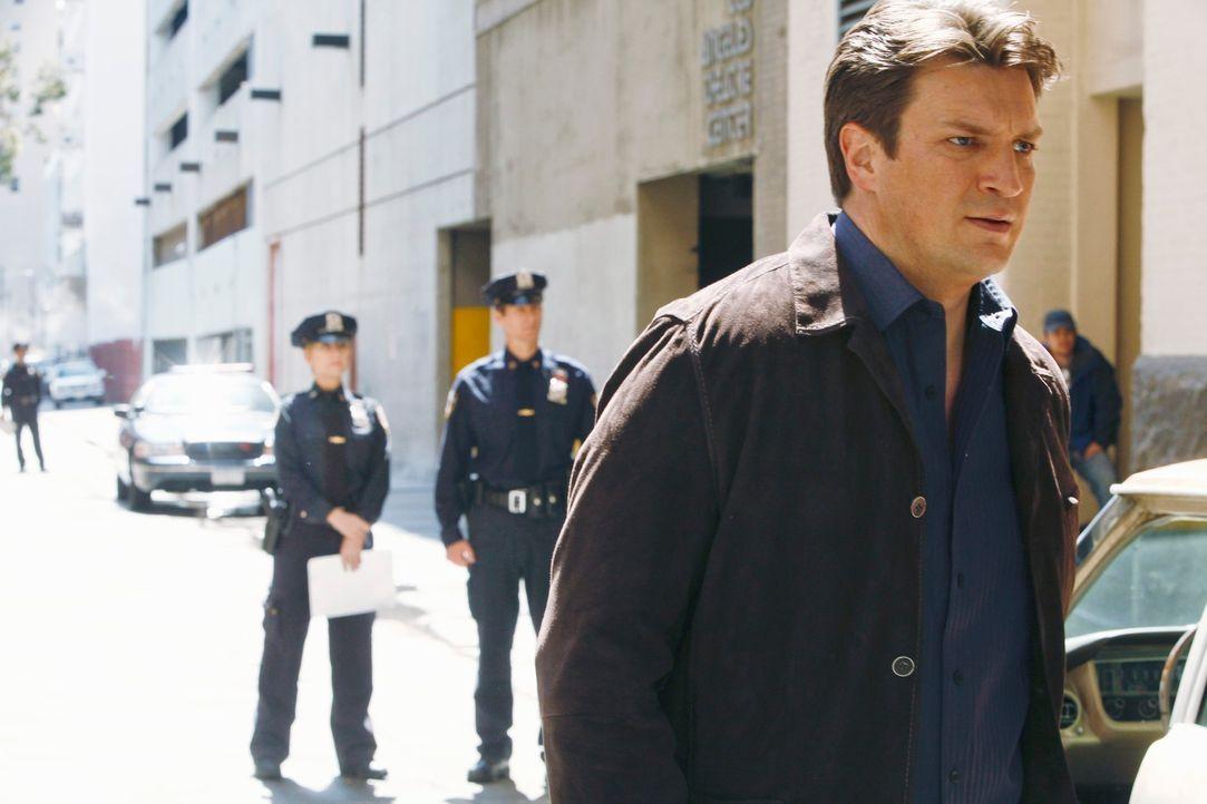 Richard Castle (Nathan Fillion) erkennt, dass der aktuelle Fall eine große Gefahr für Kate darstellt und möchte nicht, dass sie weiter daran arbeite... - Bildquelle: 2012 American Broadcasting Companies, Inc. All rights reserved.