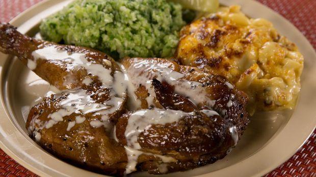 Andrew Zimmern stellt uns die Must-Haves an Speisen in Birmingham, Alabama, v...
