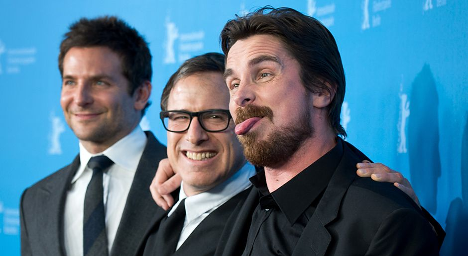 Berlinale-Bradley-Cooper-David-O-Russell-Christian-Bale-140207-dpa - Bildquelle: dpa
