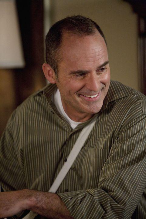 George (Mark Derwin) ist stolz auf seinen Sohn Robert Scott, der erst vor wenigen Stunden das Licht der Welt erblickt hat ...
