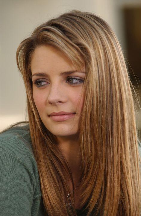 Marissa (Mischa Barton) versucht mit der unangenehmen Situation klarzukommen ... - Bildquelle: Warner Bros. Television