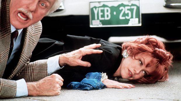 Dr. Mark Sloan (Dick Van Dyke, l.) konnte sich gerade mit Shanda (Haviland Mo...