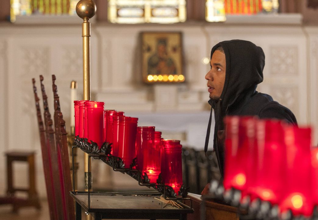 In der Kirche betet Jamal (Jussie Smollett), dass es seinem Vater bald wieder besser geht ... - Bildquelle: 2015 Fox and its related entities.  All rights reserved.
