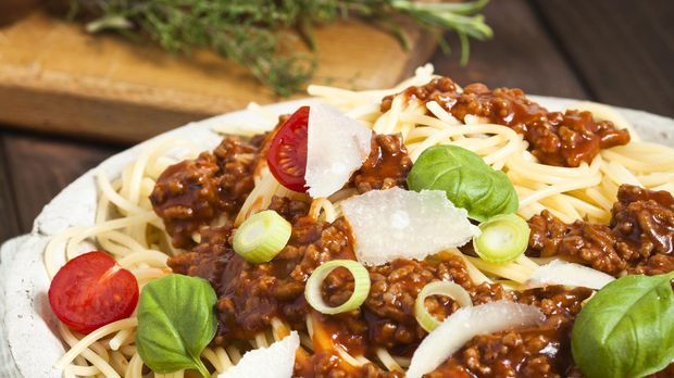 Spaghetti Bolognese mit Lauch