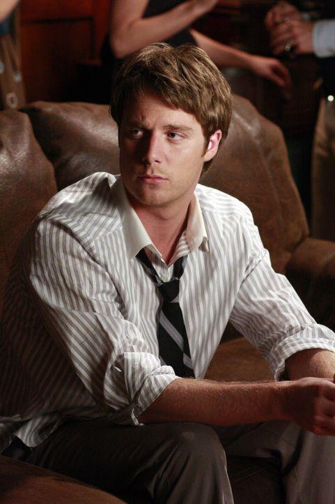 Ist eifersüchtig, als er Casey mit einem andern flirten sieht: Evan (Jake McDorman) ... - Bildquelle: ABC Family