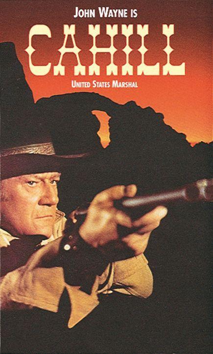 Der alte J. D. Cahill (John Wayne) ist Marshal aus Leidenschaft - darüber vernachlässigt er seine Söhne, die deswegen in kriminelles Fahrwasser g... - Bildquelle: Warner Bros.