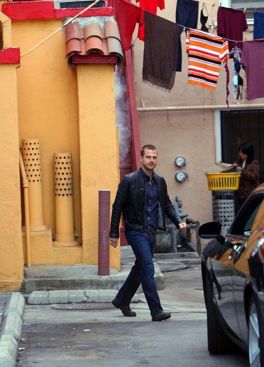Das Team um Special Agent G. Callen (Chris O'Donnell) untersucht den vermeintlichen Selbstmord eines chinesischstämmigen Lieutenant Commanders der N... - Bildquelle: CBS Studios Inc. All Rights Reserved.