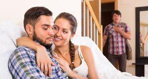 Polygamie birgt seine Tücken – nicht selten spielen Eifersucht und Neid eine...