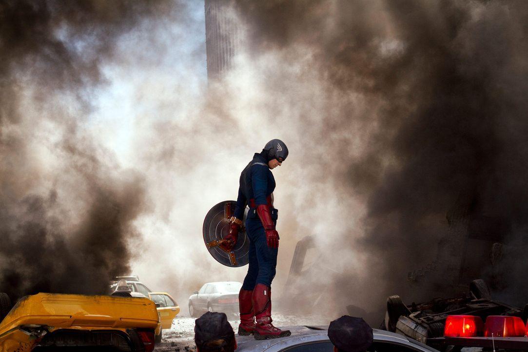 the-avengers-extra-044-2011-mvlffllc-tm-2011-marveljpg 2000 x 1333 - Bildquelle: 2011 MVLFFLLC TM & 2011 Marvel