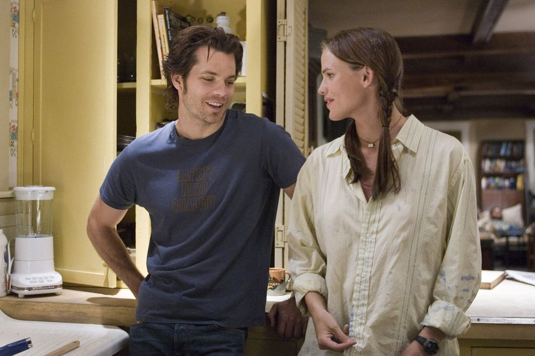 Grays (Jennifer Garner, r.) Leben läuft in absolut ruhigen und sicheren Bahnen. Sie liebt ihre Stadt und ihren Verlobten. Als dieser bei einem trag... - Bildquelle: Sony Pictures Television International